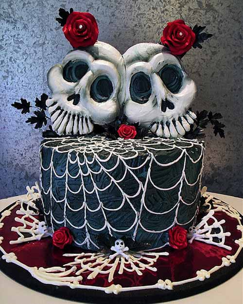 Cake Ideas For Halloween : Halloween Countdown: Halloween Wedding Cakes SheWalksSoftly