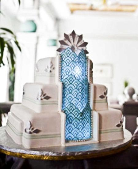 Art Deco Wedding Cake Images : Image Odyssey: Art Deco Cakes SheWalksSoftly
