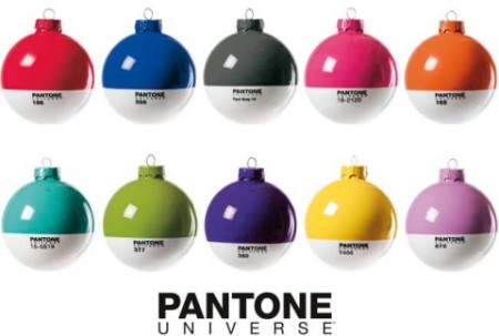 pantone_xmas_ball-480x324