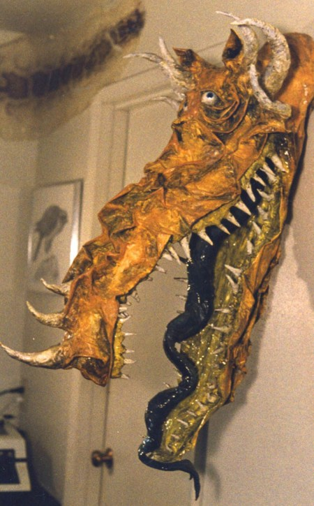 paper-mache-dragon-head-for-art-gallery