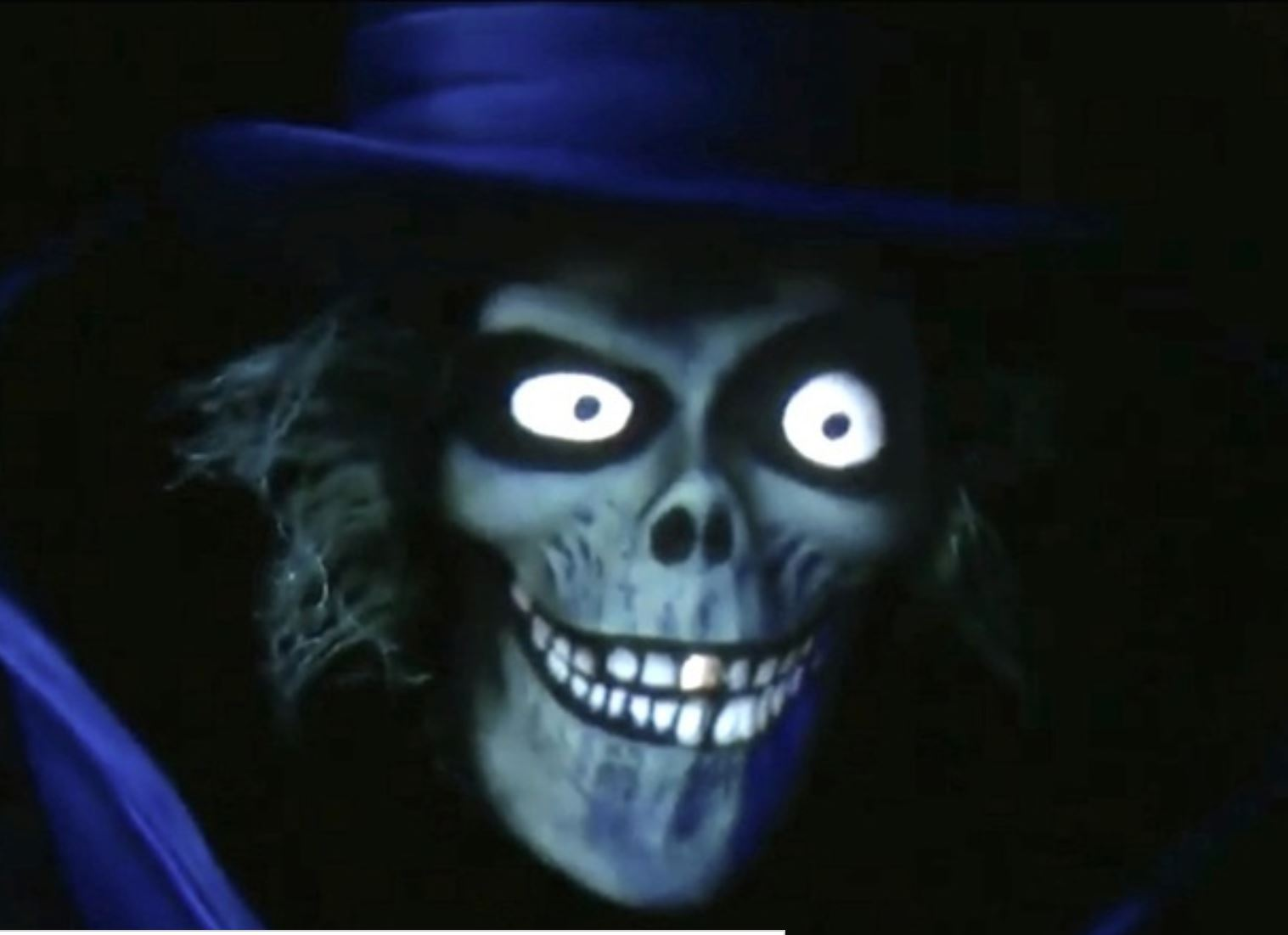 Return Of The Hatbox Ghost Shewalkssoftly