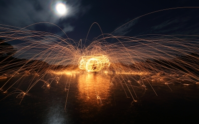 Nature_Sparks_Timelapse_Fireworks_Night_Moonlight_155437_detail_thumb