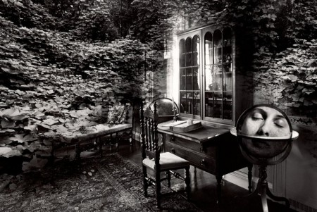 jerry-uelsmann-untitled-1982-secretary-globe-940x629