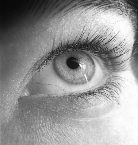 eye_drawing_2_by_flaval-d66sbaf