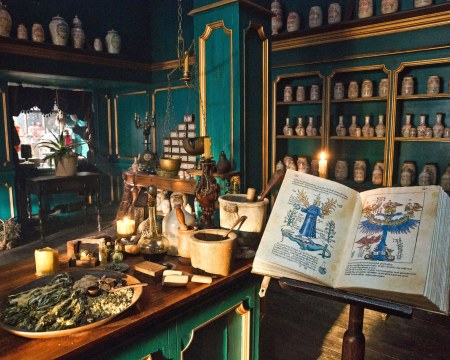 outlander-second-season-set-design_08